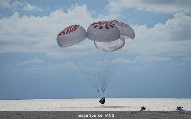 SpaceXs allcivilian crew returns to Earth safely